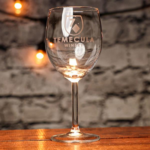 Engraved (Winery 7D Gimmick and Online Instruction...